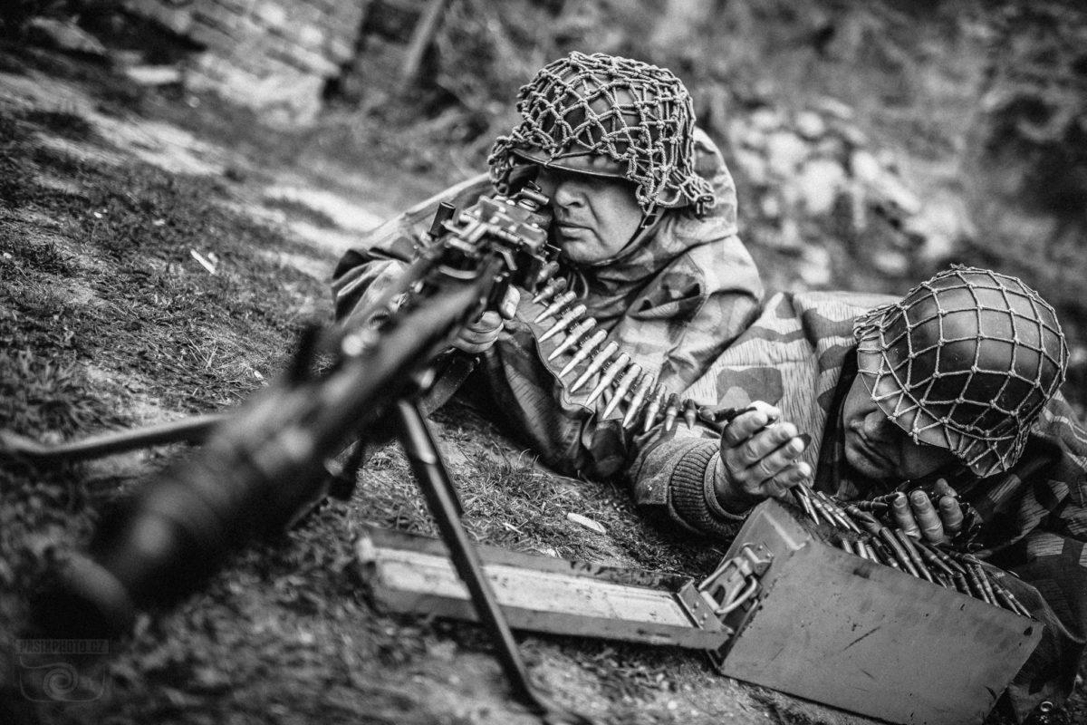 http://www.acaballado.cz/wp-content/uploads/2019/01/veveri_1945_war_0012-480x360.jpg