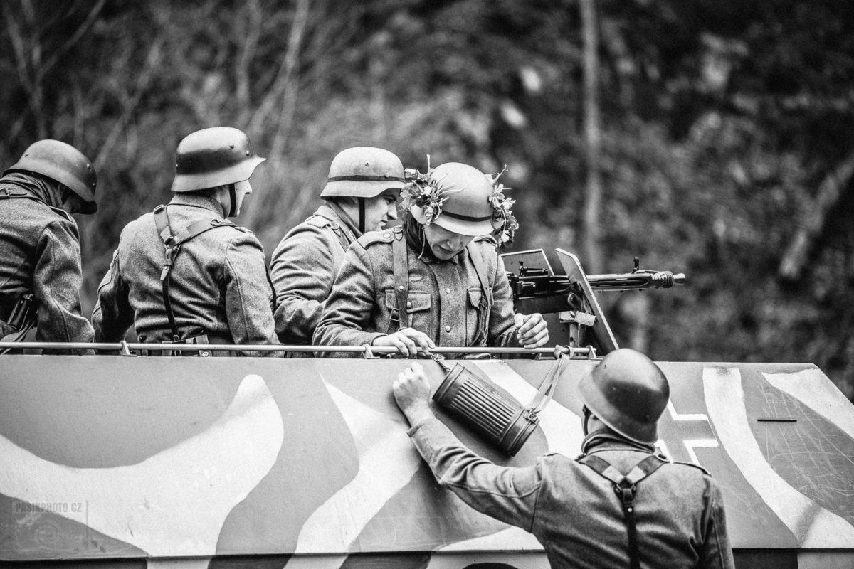 http://www.acaballado.cz/wp-content/uploads/2019/01/veveri_1945_war_0029-480x360.jpg